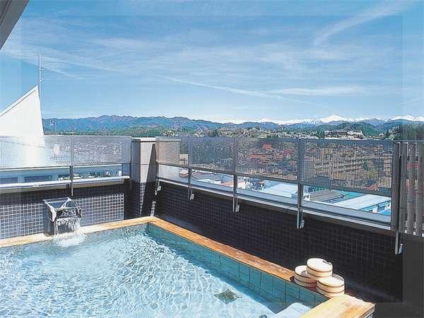 天望風呂「星の湯・月の湯」の露天風呂。