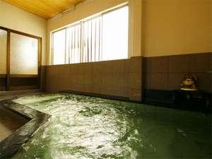 *毎分43リットルの湯量豊富な天然温泉を、贅沢に掛け流しにてお愉しみ下さい。