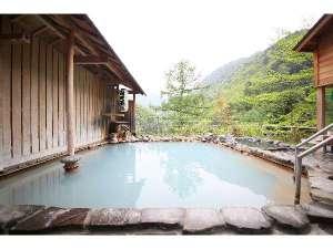 春の女性露天風呂