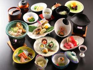 長野県産黒毛和牛や源泉入りの豆乳鍋など信州の味覚が味わえる会席料理スタンダード