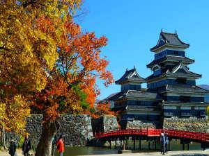国宝松本城の紅葉※2017.11.6