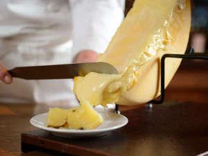 【冬の味覚フェア2018】冬の美味しい食べ物が、大集合♪花畑牧場のラクレットチーズやカニも食べ放題♪