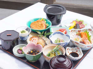 【夕食付プラン】朝早くご出発の方にオススメ!お料理は当館人気のスタンダードの会席料理