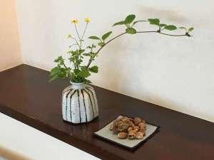 ギャラリースペースの生け花