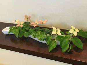 館内に生けられたお花