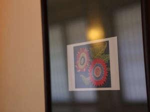 館内の絵画や写真なども是非ご覧下さいませ。