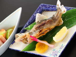 岩魚の塩焼き時期により鮎の塩焼きをご提供