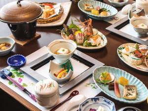 【夕食一例】西伊豆の旬を凝縮した季節がわりのお料理