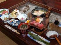 百姓屋敷の囲炉裏端で味わう奥飛騨かか様料理(一例)
