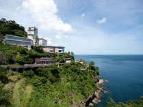 名勝錦ヶ浦に位置する大自然に囲まれた絶景のリゾートホテル。もちろん全室オーシャンビュー!