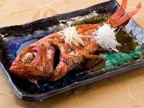 スタッフおすすめプラン!海の幸を満喫☆ご夕食時に『金目鯛の姿煮』&『鮑の踊り焼き』