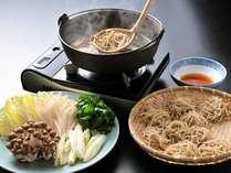 【冬BEST】信州黄金シャモの「とうじ蕎麦」を堪能。貸切風呂無料特典付き